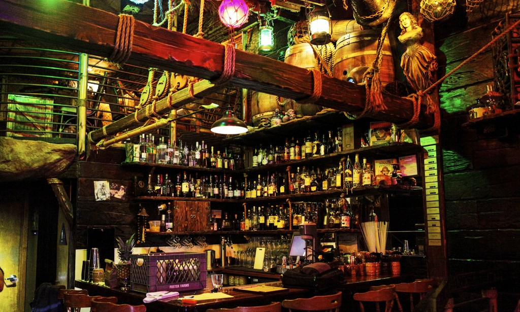 Smugglers Cove bar San Francisco